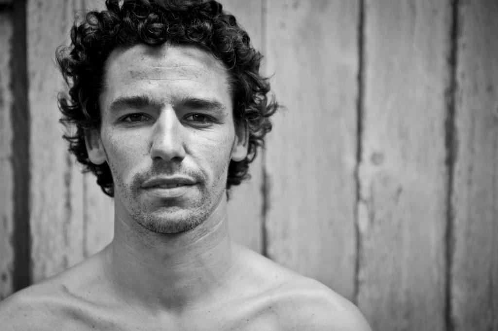 Antoine Delpero Champion d'Europe et du Monde de Longboard